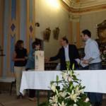 Maria Rosa Fagnoni premia Paola Ricchiuti